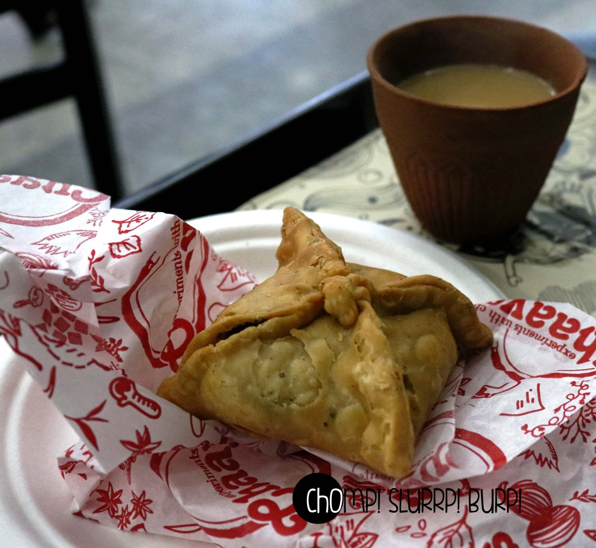 sambosa and kulhad chai