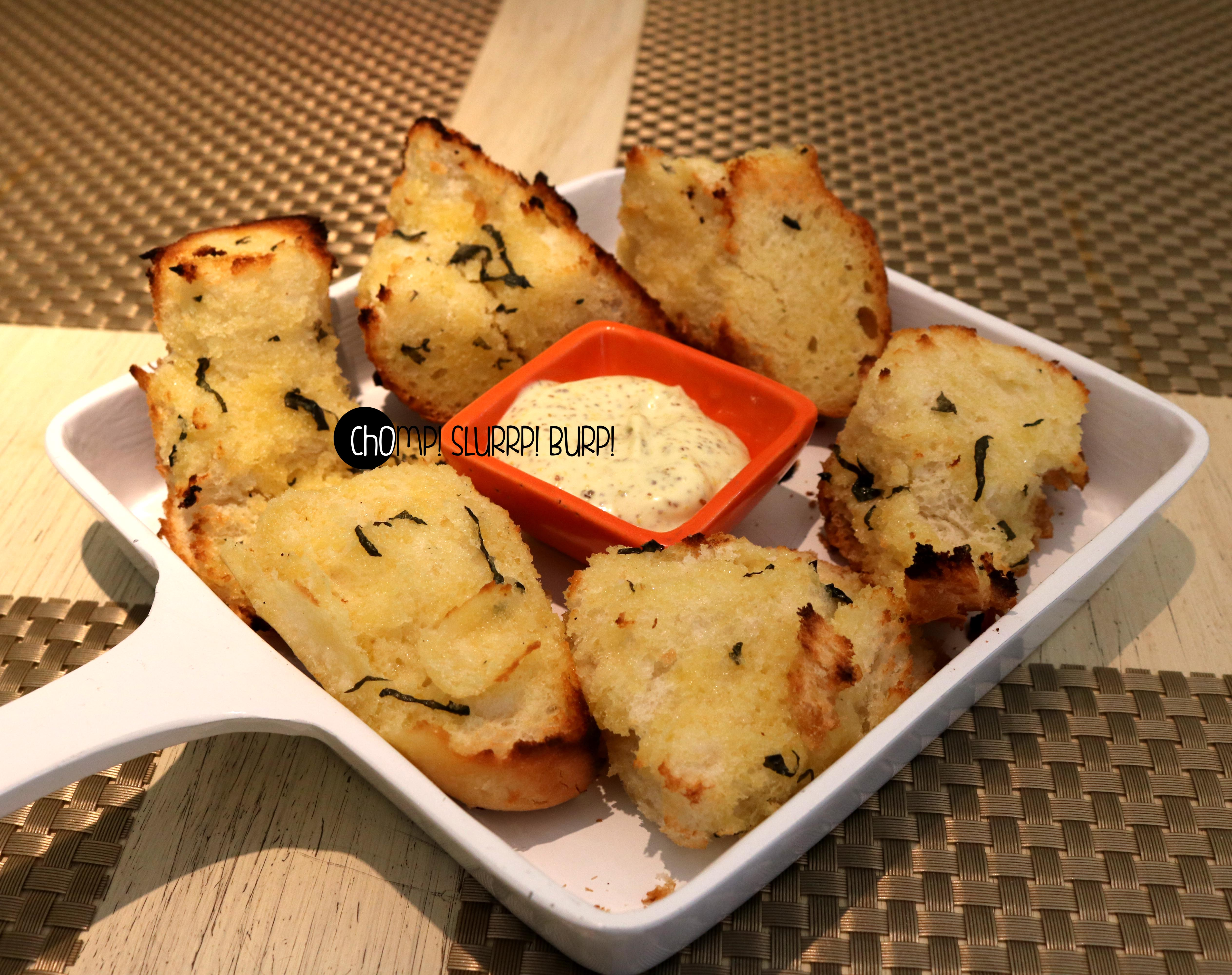 Garlic bread basket (2)