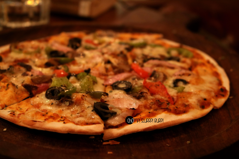 Veg exotic pizza