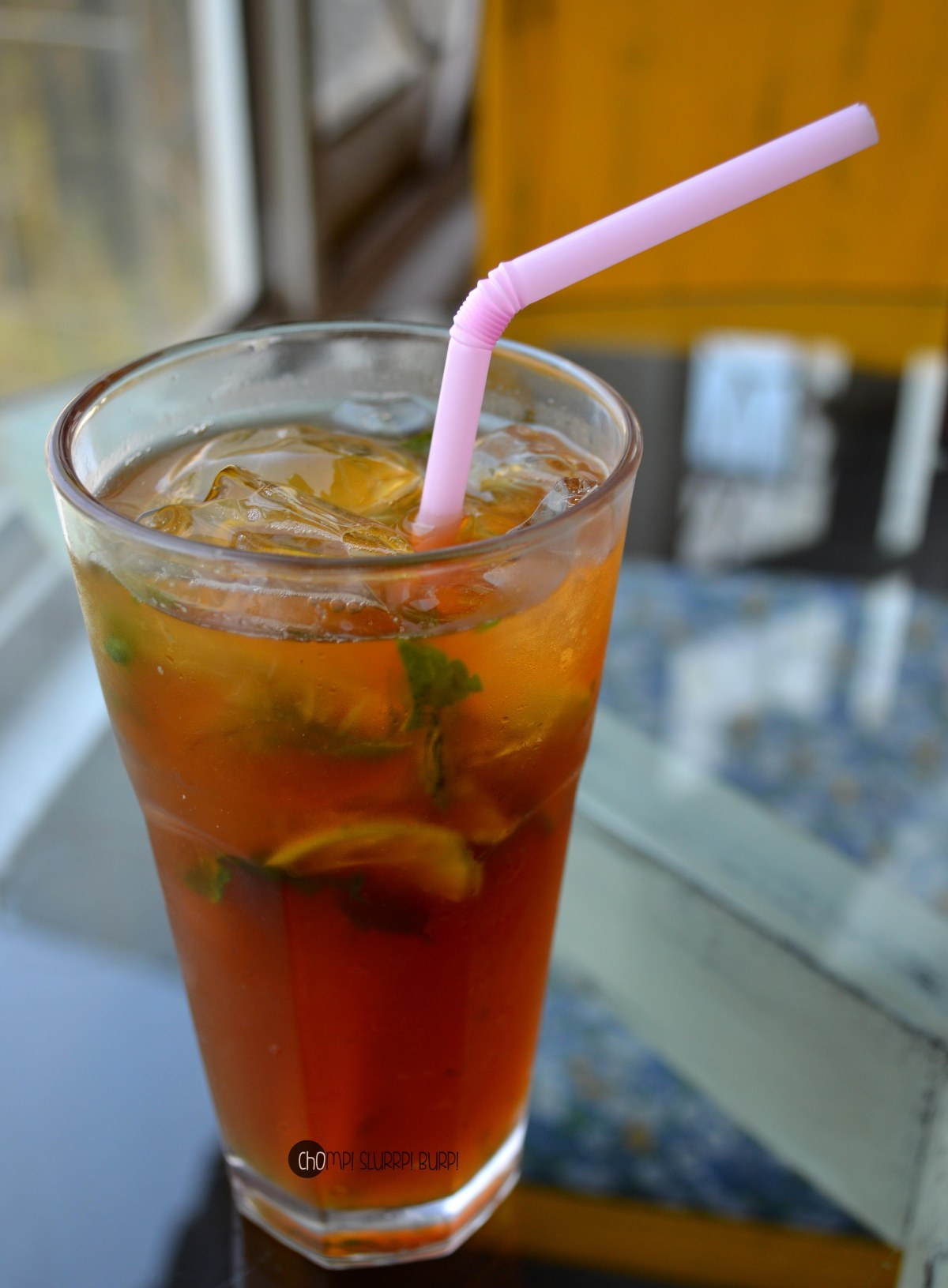 mixed fruit iced tea