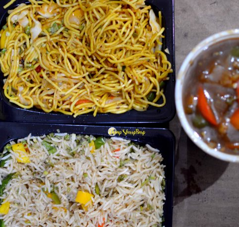 Veg fried rice, noodles and chilly chicken