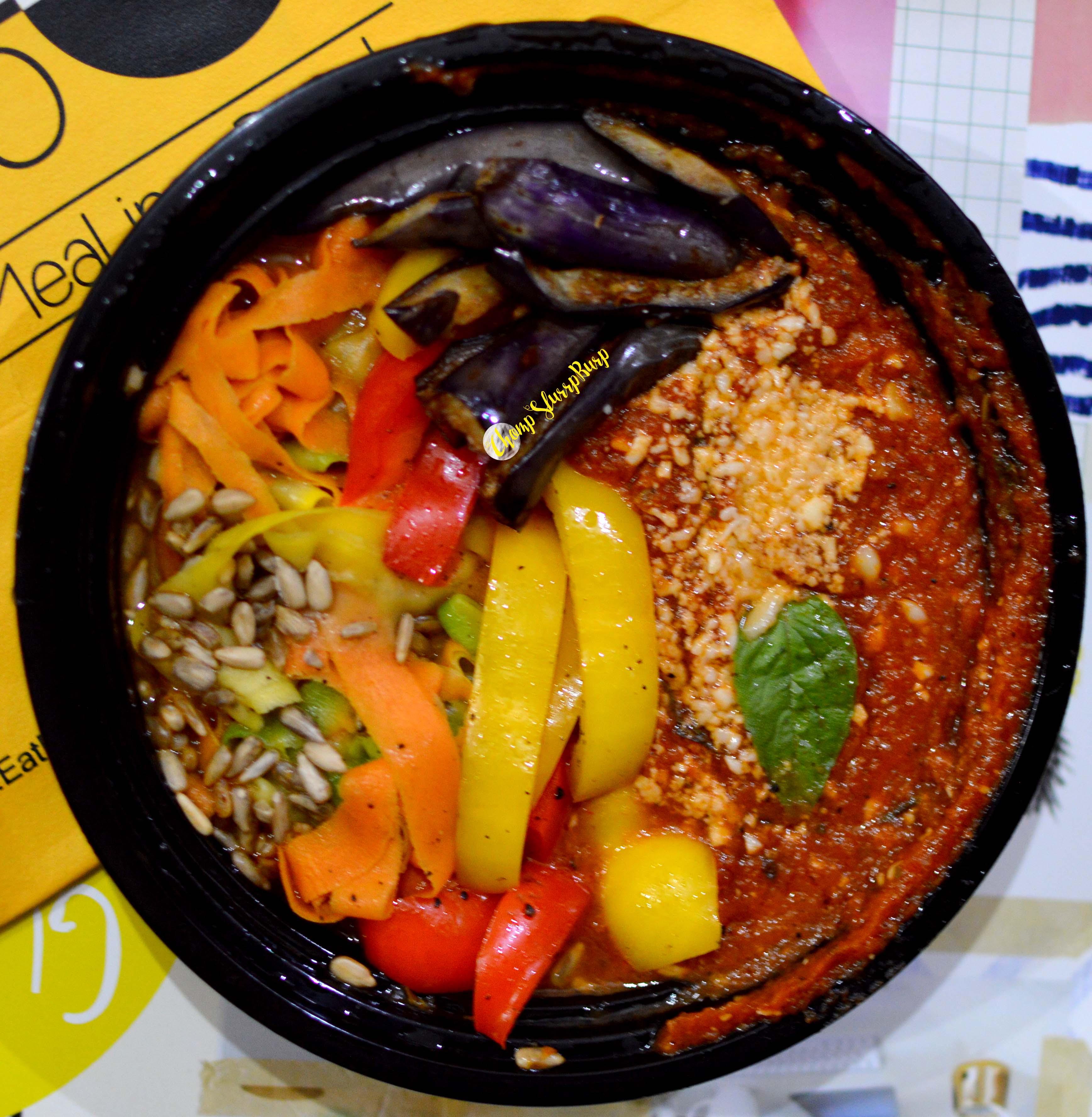 Zucchini-noodles-healthy-bowl