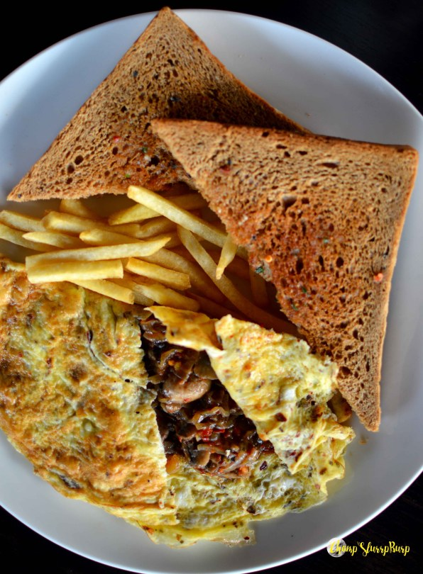 Omelette with grilled mushrooms