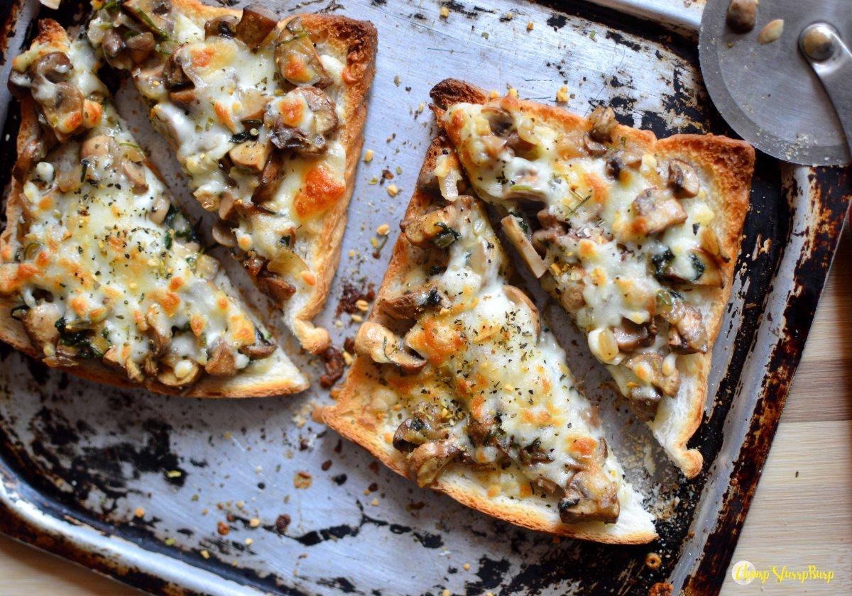 Mushroom toast (1)