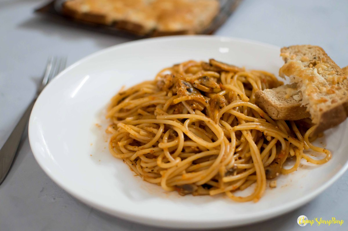 Roasted bell pepper pasta (1)
