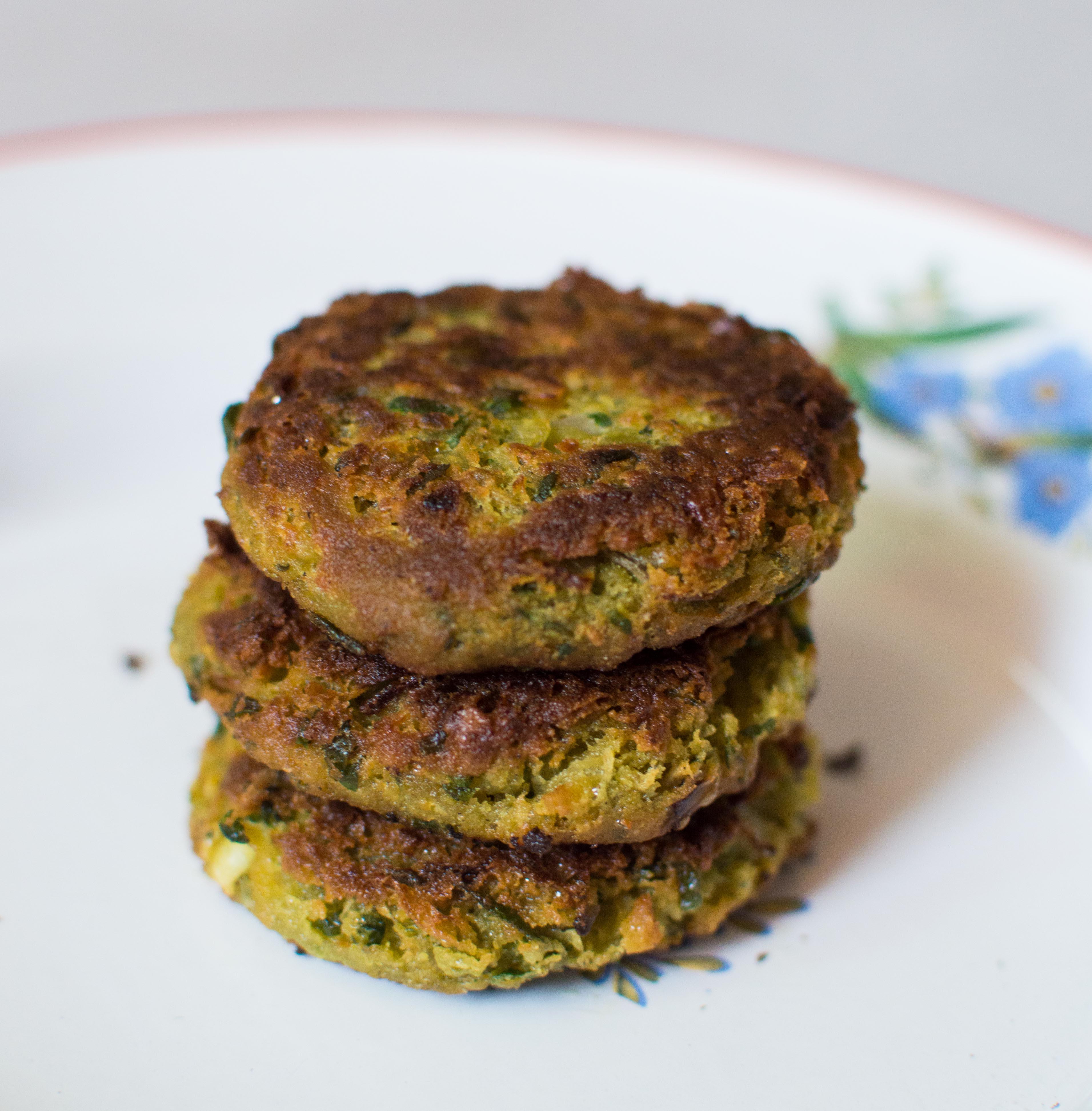 Falafel burger (2)
