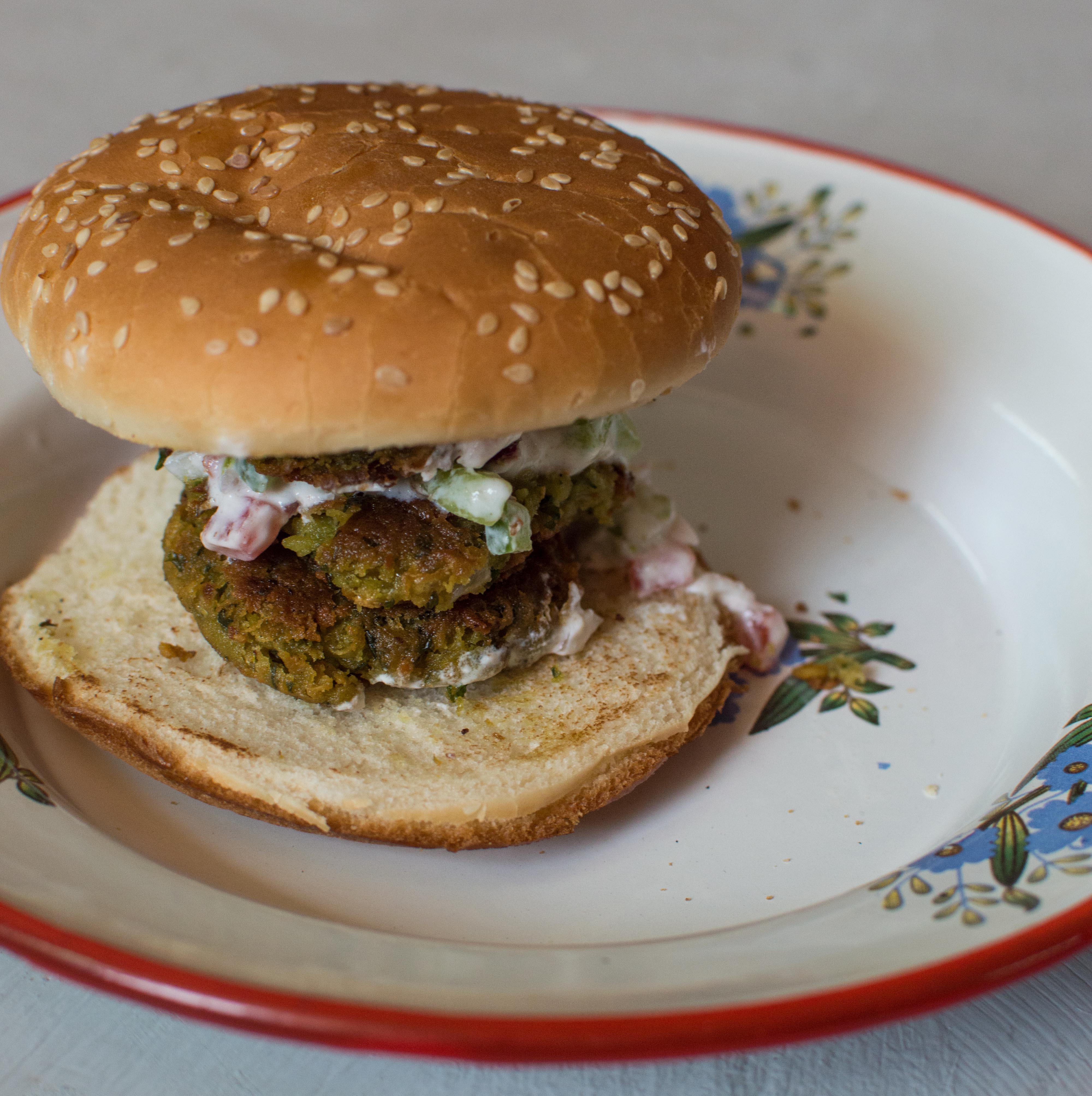 Falafel burger (5)